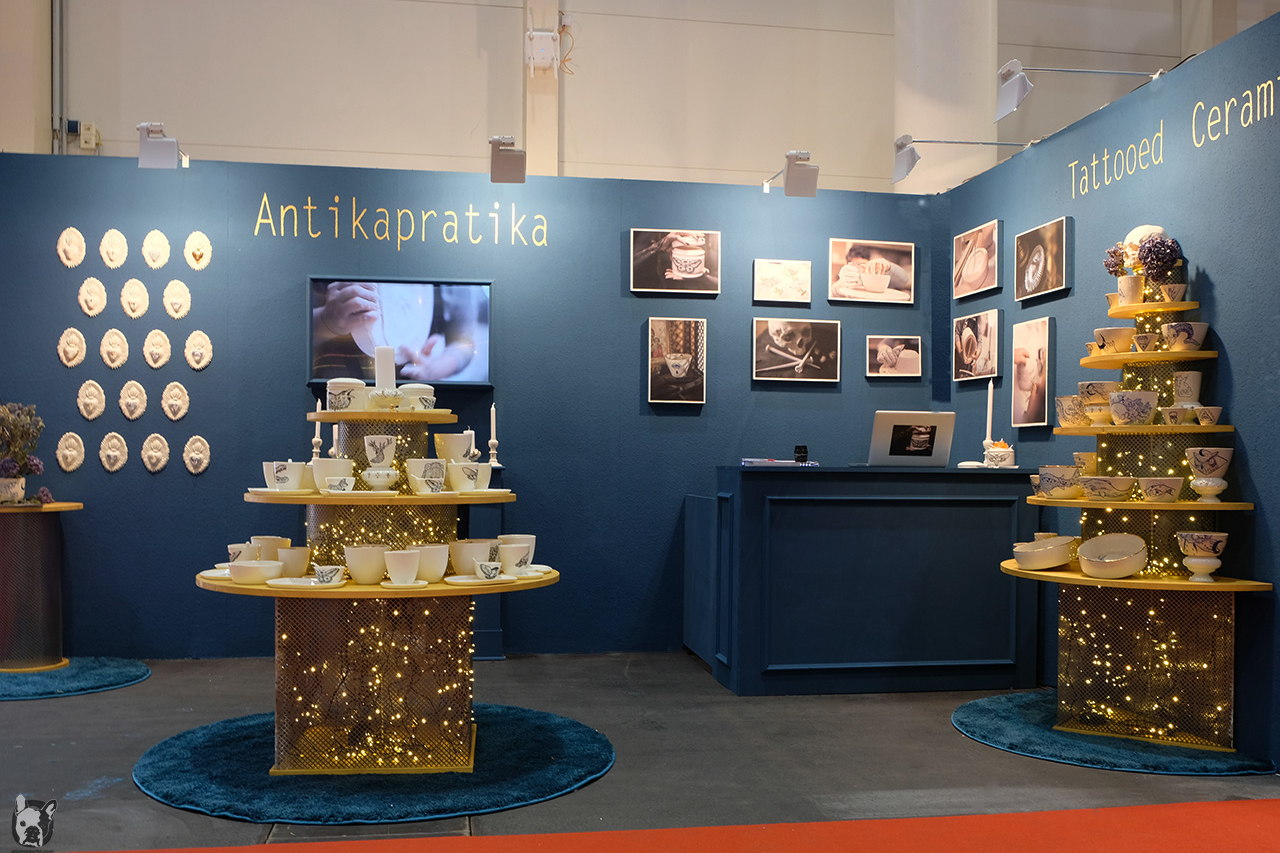 Otto von Berlin Antikapratika Fair Stand
